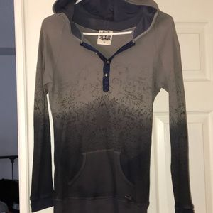 Miss Me Thermal Dip Dye Top. Size medium, GUC